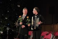 Blumen für die Musiker - Andreas Hermeyer mit Wolfgang Streblow in Valmiera/Lettland